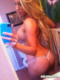Hot Blonde Selfshot | Selfshot.us