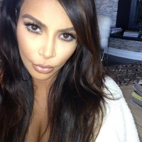 Kim Kardashian Hot Selfie Sexy Brunette Starlet | Self Shot Girls