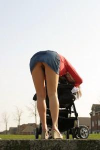 Hot mom flashing ass in public