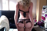 very hot blonde sexy mom in provocative underwear show sexy big ass