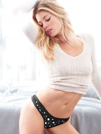 Doutzen, black, polka dots, and sweater love. | Hot Models