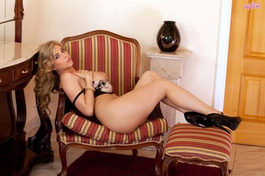 Fantastiс blonde goddess Jodie Piper – DaChicky