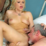Annika Albrite gets pussylicking