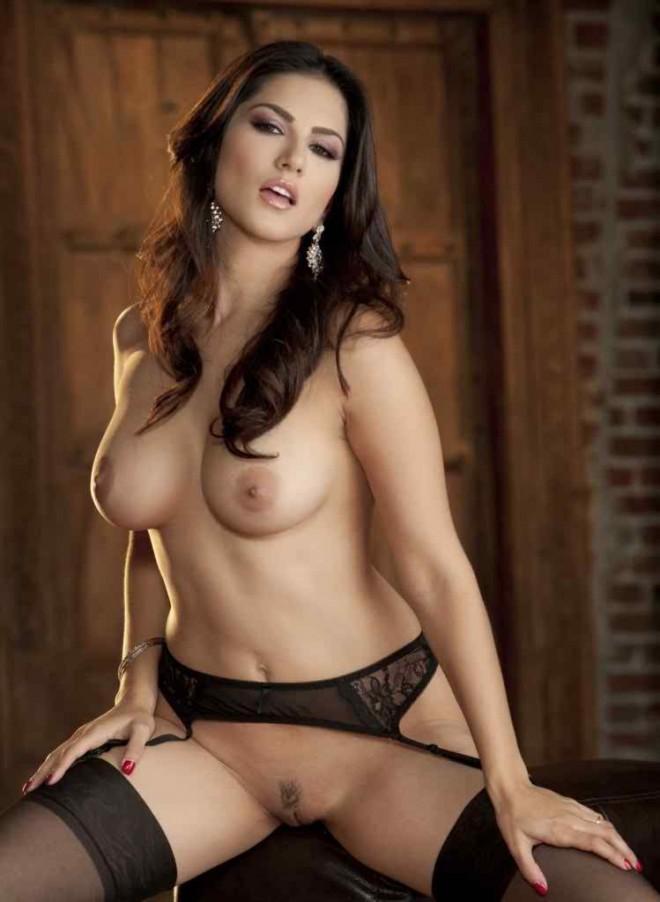 Porn star sunny leone nude still image sexy look face | New Image XxX