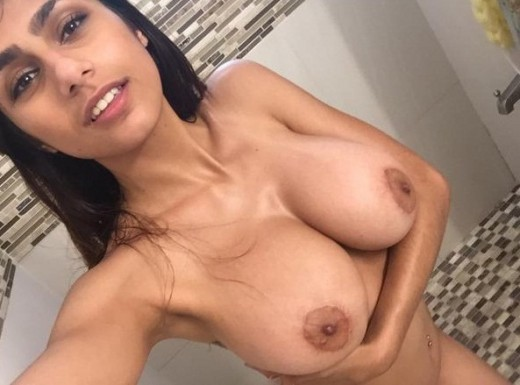 Desi Girl Mia Khalifa Taking Her Huge Boobs And Hot Body Selfie