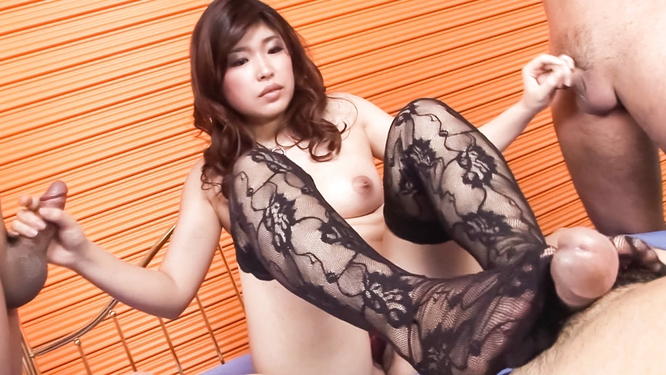 Ai Okada in hot threesome