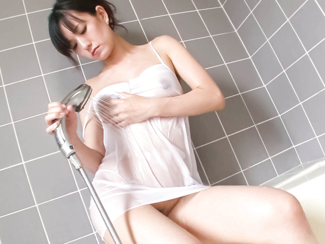 Manami Komukai sucks dick