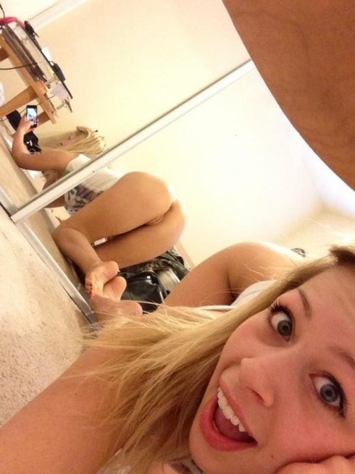 nude blond selfie sexy pose