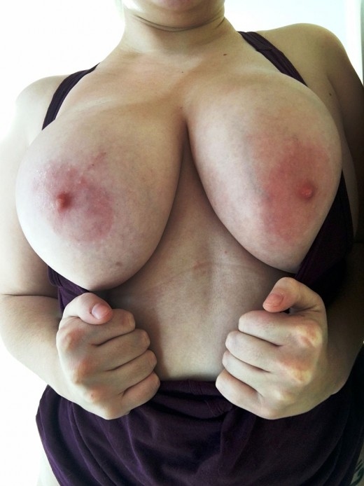 Play with real big tits babes at FapBoobs.com Live Cam Chat