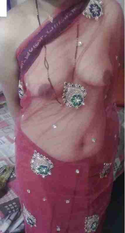 Desi Sexy Boudi Ka Hot Navil Shaved Chuth Or Dudu ki nangi pic