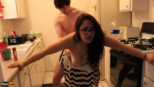 Quickie Daisy Dabs Latina teen gets ass pounded in kitchen
