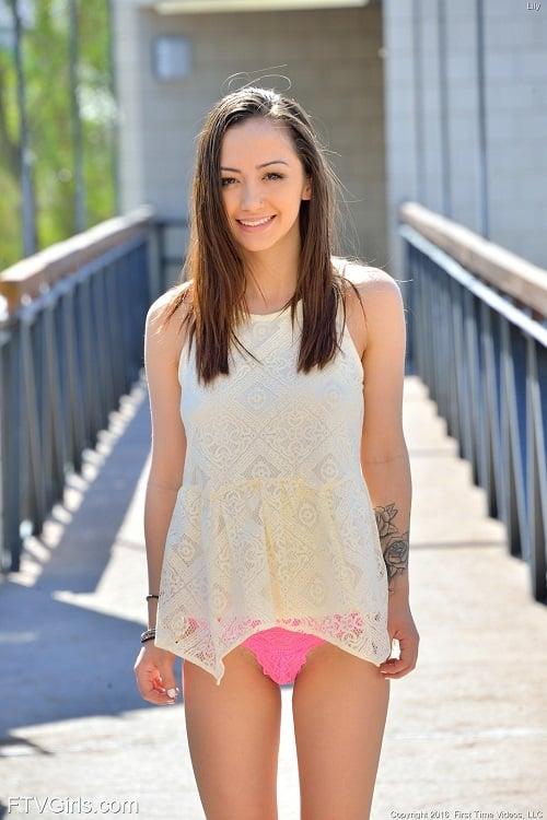 Alba Gals | Lily Jordan