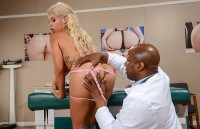 Bridgette B – The Butt Doctor | HDpornstarz