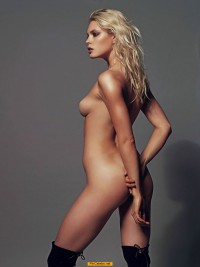Blonde Masha Gutic naked