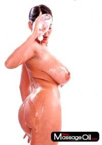 Oiled bigboobs juicy ass – www.sexymassageoil.com