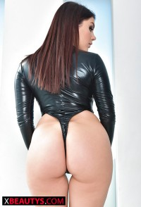 nice ass fetish from sexy pornstar – Http://www.xbeautys.com