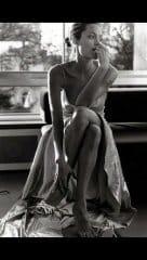 Angelina Jolie Nude Pics