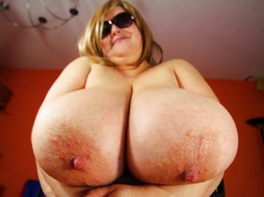 amateur mature BBW sex model MajaMagic