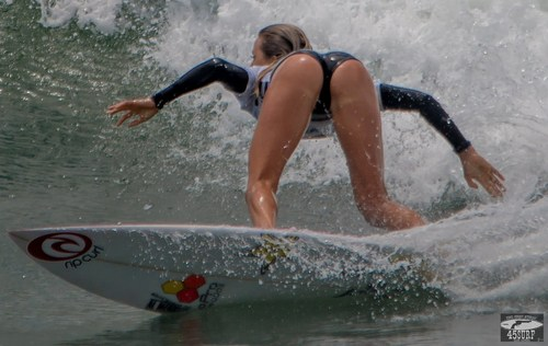 Surfing Sexy Booty – NSFW