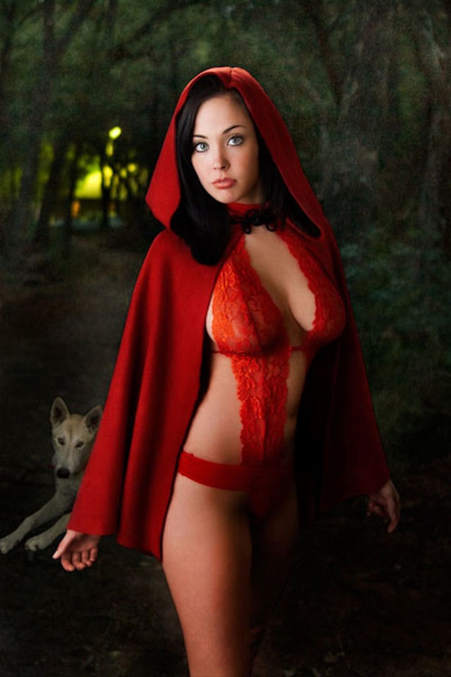 Red sexy nude little riding hood