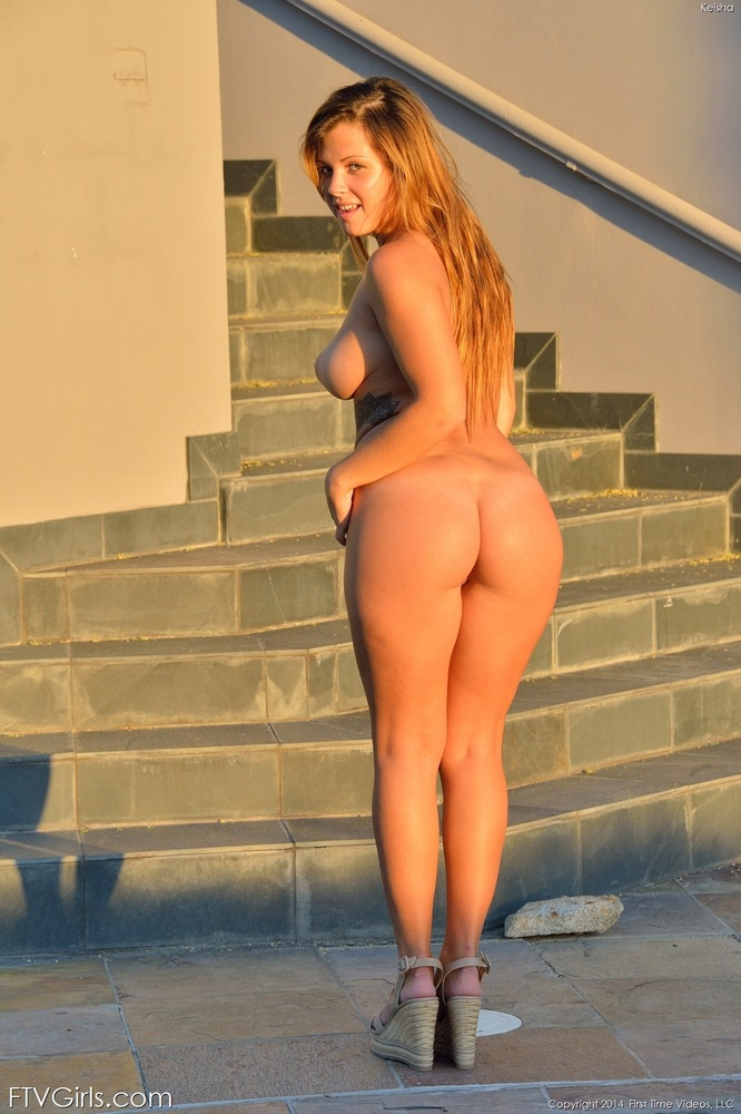 nude big girl Sexy with booty