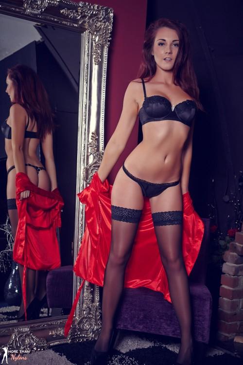British model darelle oliver | Alba Gals