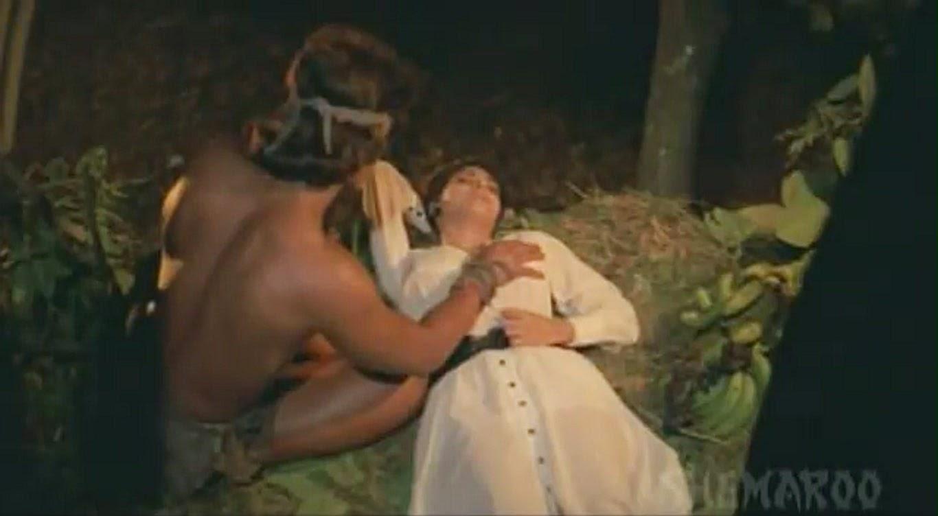Kimi Katkar Tarzan Feels her firm Boobs Tarzan Movie | ShowMeCelebs