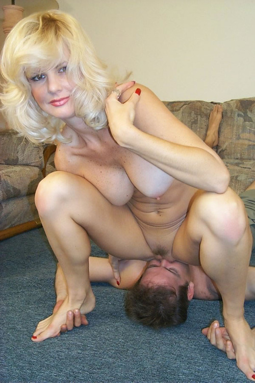Erotic wife comes home and puts on quite a show