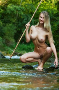 She can catch fish this way ? | Hot and minx babes