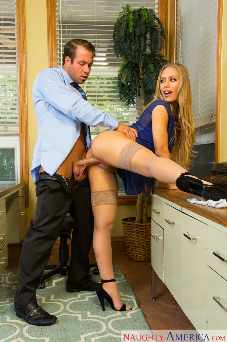 Sex Images  Nasty Secretary Nicole Aniston Cockriding -9492