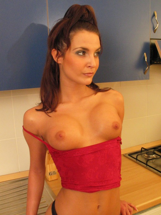Hot babe Janet on the kitchen