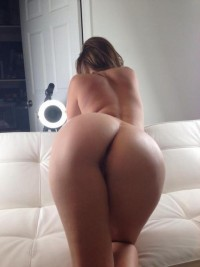 Teasing with her ass Just Kinky Babes