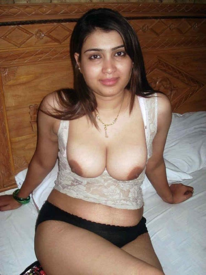 Kanpur desi Indian slim & smart sexy girls open boobs | New Image XxX