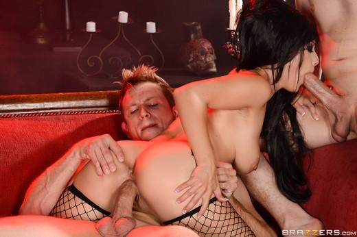 Katrina Jade haloween party threesome