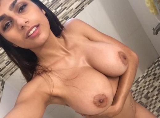 Desi Girl Mia Khalifa Taking Her Huge Boobs And Hot Body Selfie