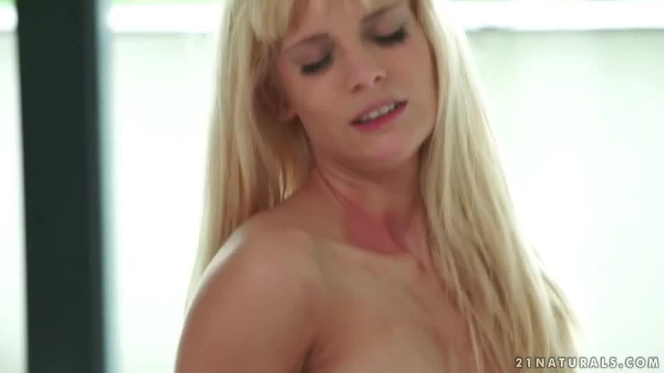 Sexix – naturals candee licious love
