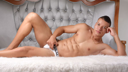 Gay Live Cam – Leon Boys – Free Live Web Cam Chat – Hot WebCam Guys