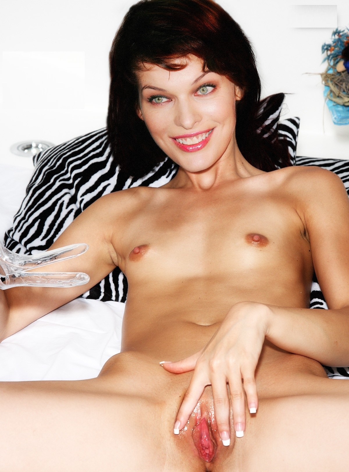 Sex Images Actress Milla Jovovich Nude Pics Hdp Pxx Without