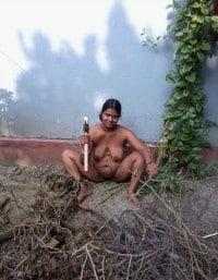 Indian Desi Village Kamwali Bai nude Photos