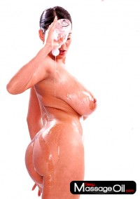 Oiled bigboobs juicy ass – www.sexymassageoil.com