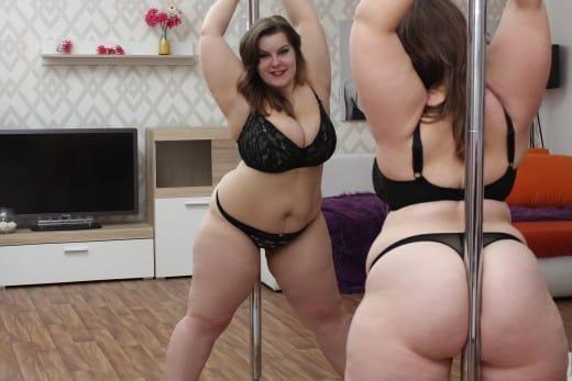 BBW live sex cam model pole dance