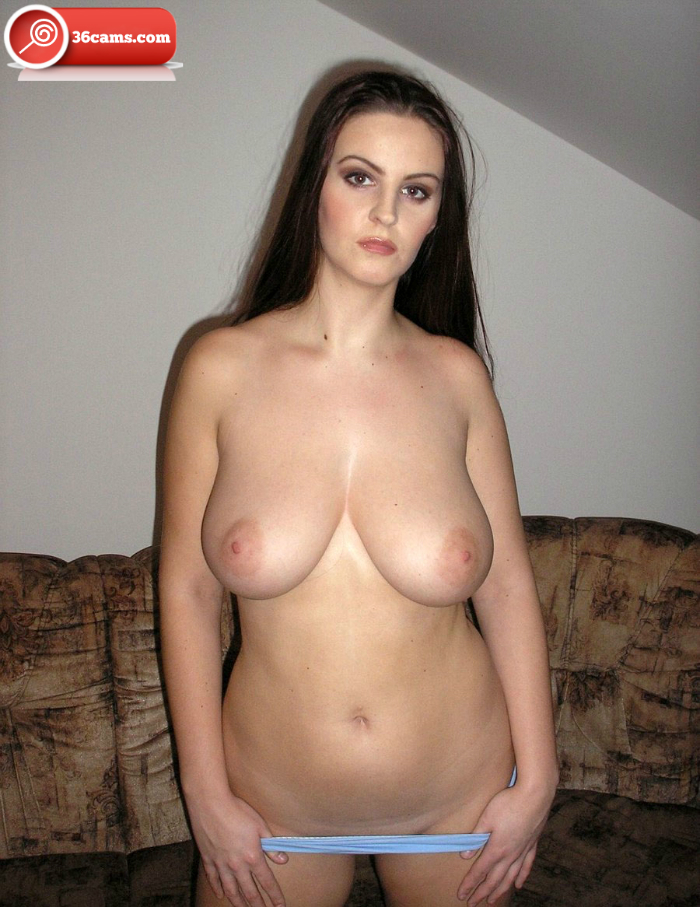amateur big breasted moms nude