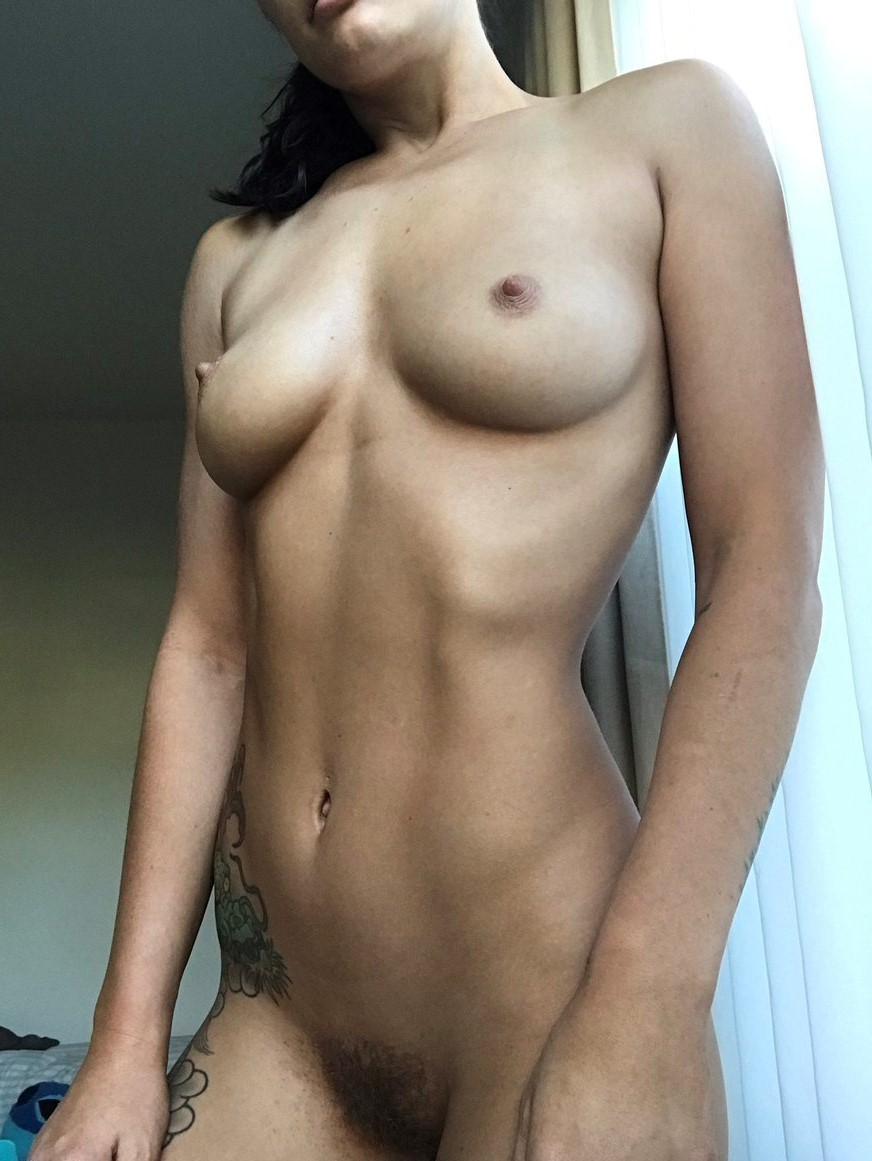 French cute woman ready to sex