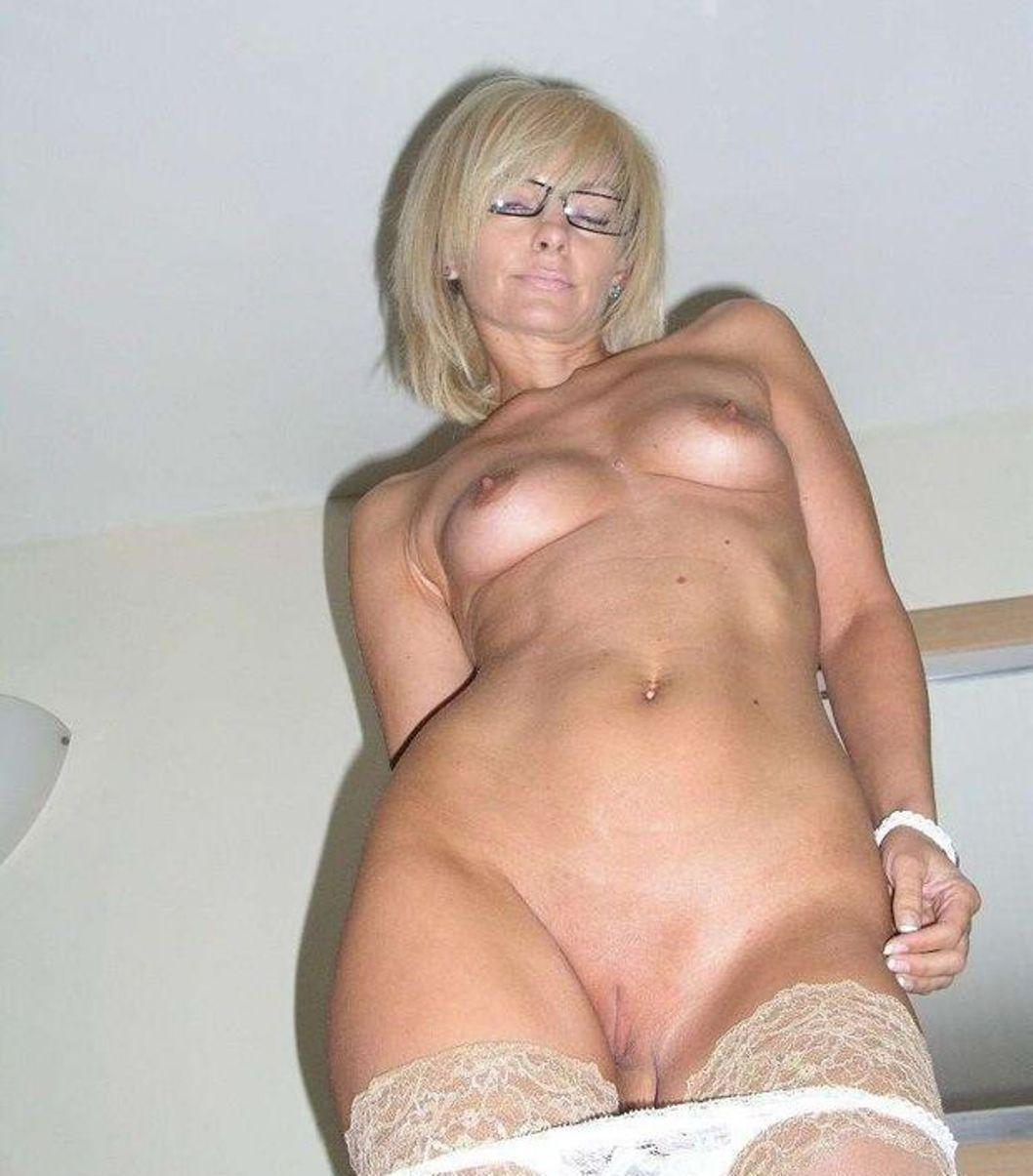 Horny wife shows of her hot body
