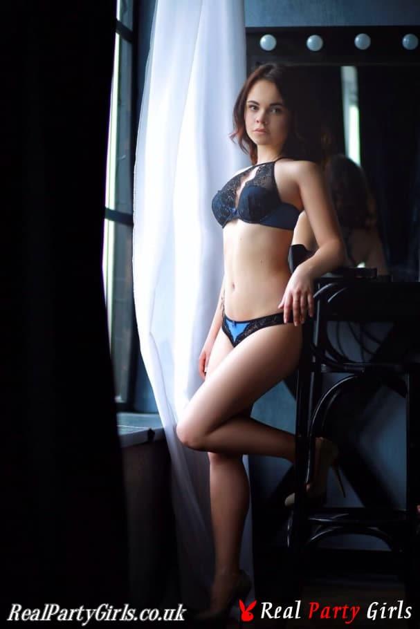 Jennifer – Real Party Girls London