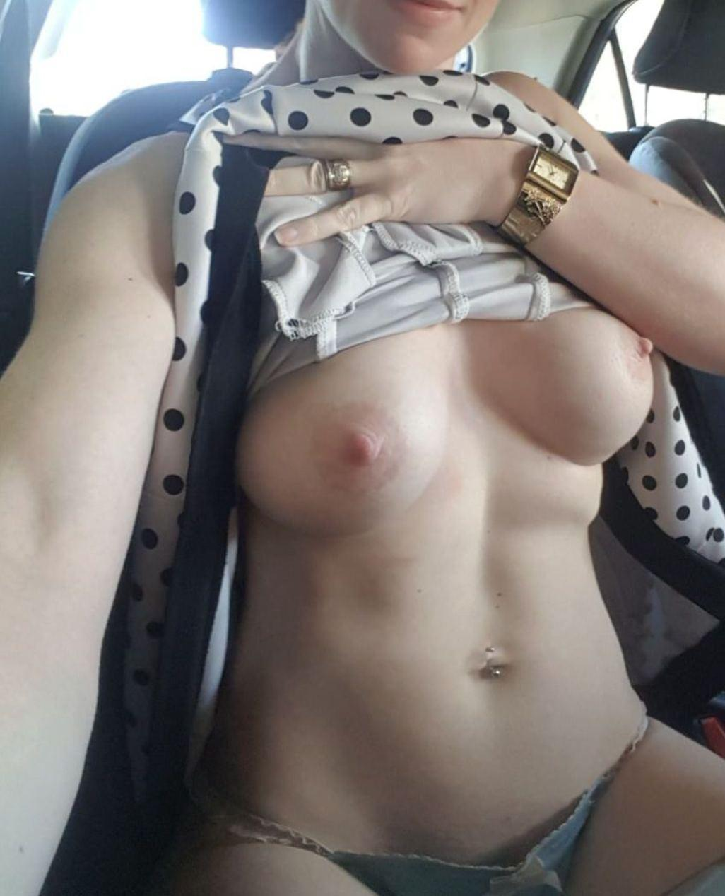 Very very nice car selfie, no bra today