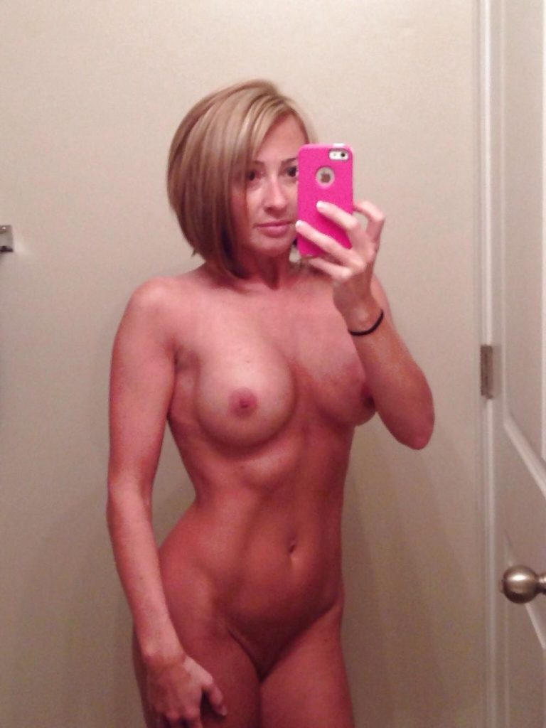 Naked selfie video