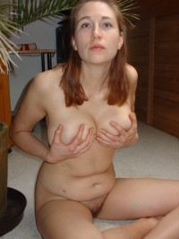 Romanian slutty woman has an awesome tits