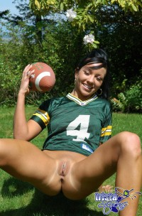 Picture of unbelievable american chick